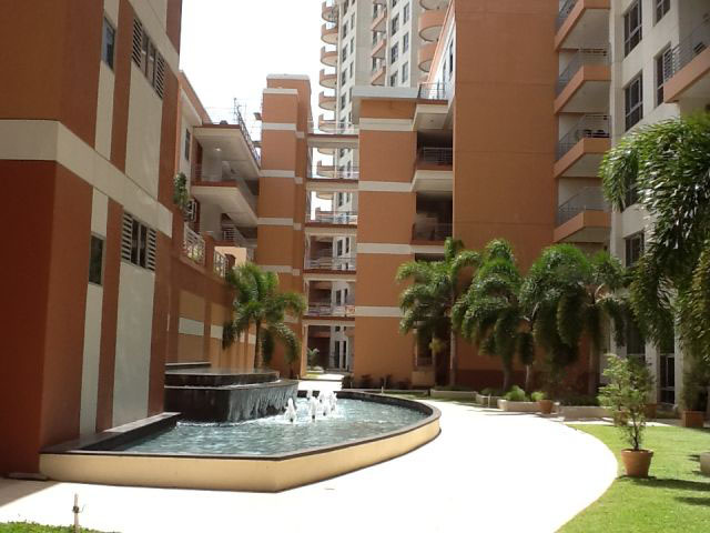 one woodbrook place, tower apartments